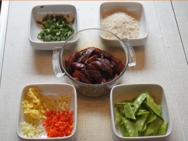Rindfleisch mit Zuckerschoten und gelben Basmatireis - Rezept - Bild Nr. 7