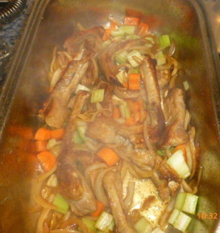 Karreebraten vom Duroc-Schwein mit Rote-Bete-Sauce - Rezept - Bild Nr. 7691