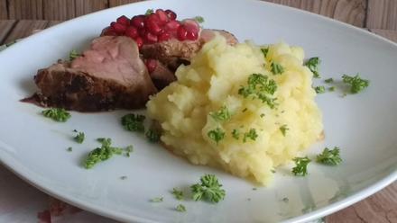 Schweinefilet mit Kartoffel - Kohlrabistampf - Rezept - Bild Nr. 2