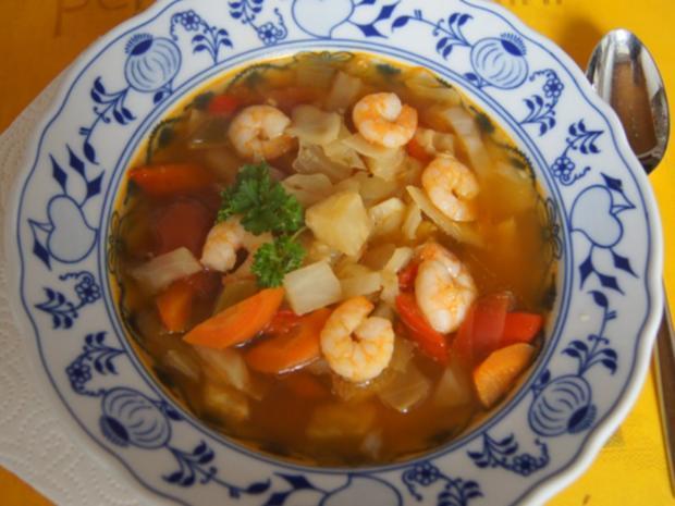 Weißkohl-Gemüse-Suppe mit Garnelen - Rezept - Bild Nr. 10
