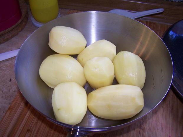 Putenschnitzel mediterran angehaucht mit kleinen Beilagen Salat - Rezept - Bild Nr. 7753