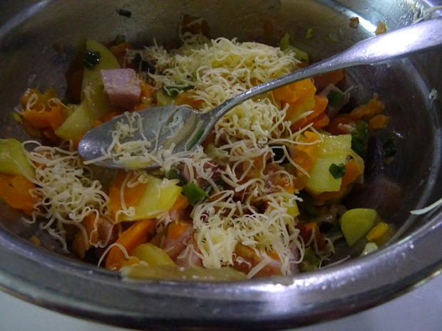 Kartoffel-Möhren-Auflauf mit Kasseler - Rezept - Bild Nr. 7759