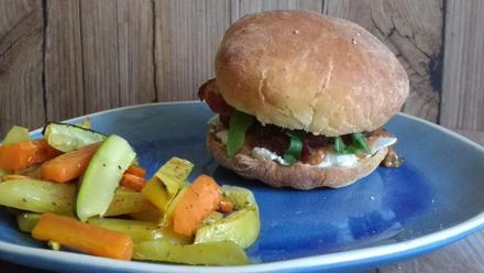 Exotischer Burger mit Gemüse-Kartoffel-Pommes Kochbar - Challenge 2.0 (März 2019) - Rezept - Bild Nr. 7756
