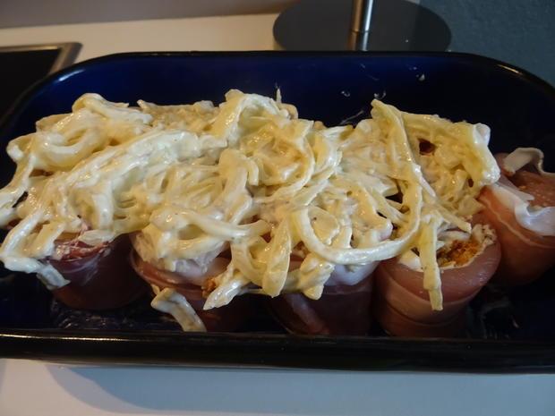 Putenbrust-Röllchen aus dem Ofen, überbacken mit knusprig-cremigem Zwiebel-Topping - Rezept - Bild Nr. 3
