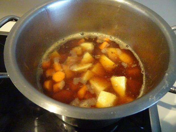 Putenbrust-Röllchen aus dem Ofen, überbacken mit knusprig-cremigem Zwiebel-Topping - Rezept - Bild Nr. 7761