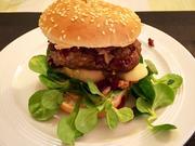 Blauschimmel-Burger mit karamelisierten Walnüssen und Rotweinzwiebeln - Rezept - Bild Nr. 7757
