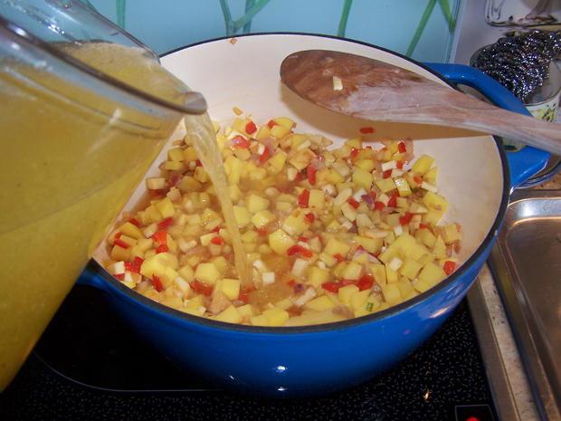 Kartoffelsuppe mit Einlage und Beilage - Rezept - Bild Nr. 7792