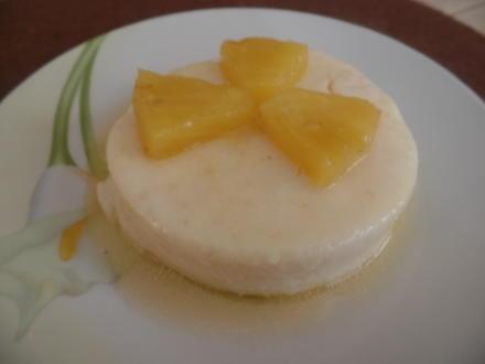 Grießpudding mit Ananas-Kokos-Kompott - Rezept - Bild Nr. 7823
