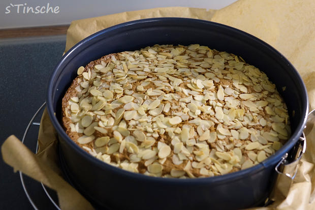 Pistazien-Himbeer-Sahne-Torte - Rezept - Bild Nr. 7838