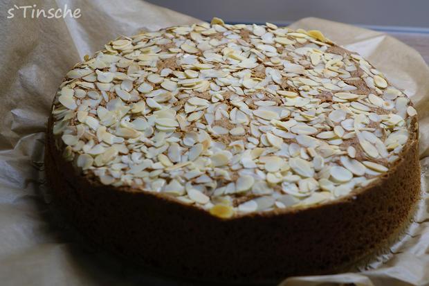 Pistazien-Himbeer-Sahne-Torte - Rezept - Bild Nr. 7839