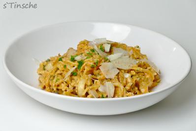 Rezept: Puten-Chinakohl-Nudelpfanne