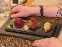 Mousse au Chocolat, gefrostete Blaubeeren und gebackene Banane - Rezept - Bild Nr. 7827