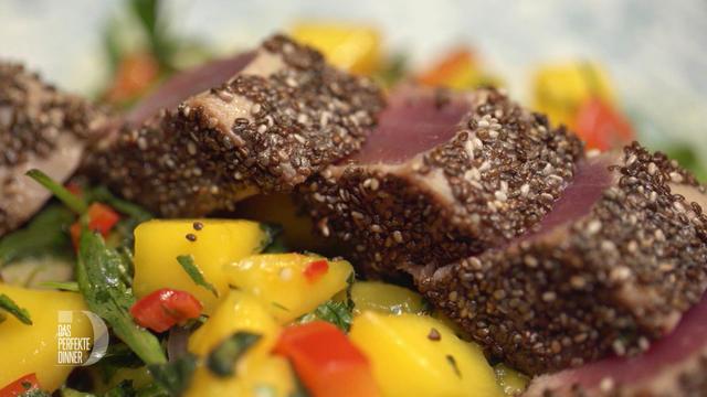 Thunfischfilet in Chiasamen-Curry-Kruste