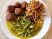 Grüner Spargel in Safran-Soße mit Kartoffelstroh - Rezept - Bild Nr. 7828