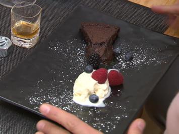 Rezept: Tarte au Chocolat mit Jägermeister-Eis