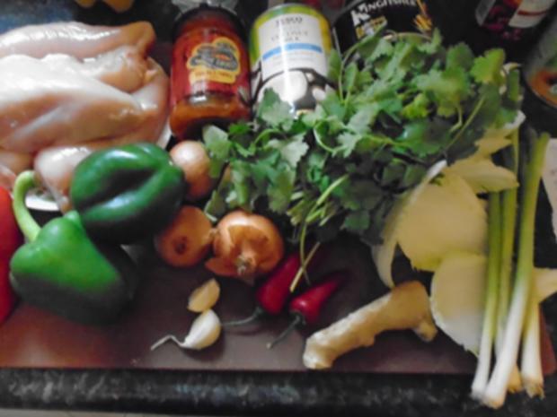 Rotes Thai Curry im Wok - Rezept - Bild Nr. 7868