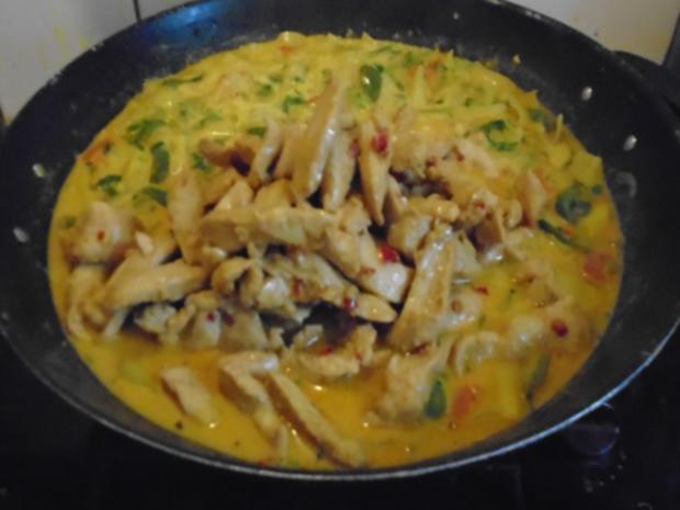 Rotes Thai Curry im Wok - Rezept - Bild Nr. 7889