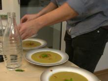 Rote-Linsen-Suppe (Mercimek) mit selbstgemachtem Fladenbrot - Rezept - Bild Nr. 2