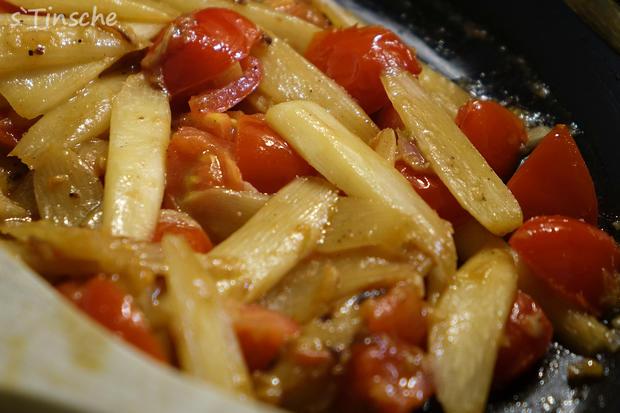 Spargel-Tomaten-Dinkel-Tagliatelle - Rezept - Bild Nr. 2