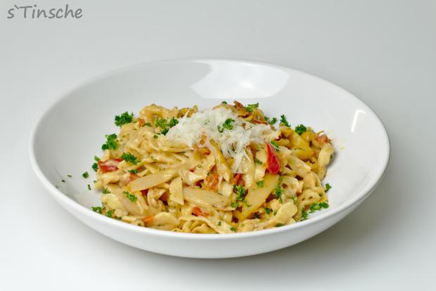 Spargel-Tomaten-Dinkel-Tagliatelle - Rezept - Bild Nr. 3