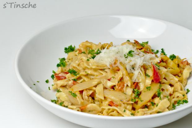 Spargel-Tomaten-Dinkel-Tagliatelle - Rezept - Bild Nr. 5