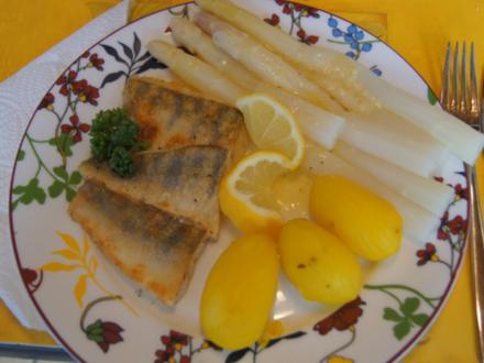 Zanderfilet mit Spargel und Frühkartoffeln - Rezept - Bild Nr. 2