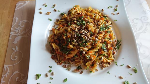 One-Pot-Pasta mit Zucchini und Karotten und Kokosmilch - Rezept - Bild Nr. 7916