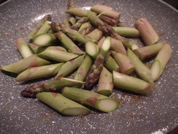 Gnocchi mit Spargel und Bärlauch -Pesto - Rezept - Bild Nr. 7924