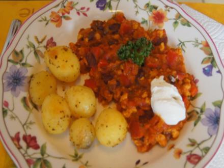 Chili con Carne mit Hähnchenbrustfilet und Gourmet Kartoffeln - Rezept - Bild Nr. 7932