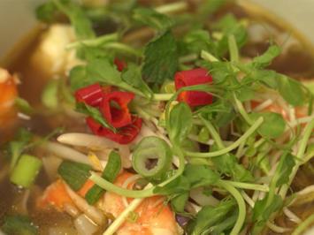 Vietnamesische Pho - Nudelsuppe mit marktfrischem Gemüse, - Rezept - Bild Nr. 2