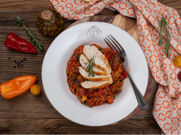 Rezept: Ratatouille-Reis-Pfanne mit Hähnchenbrust
