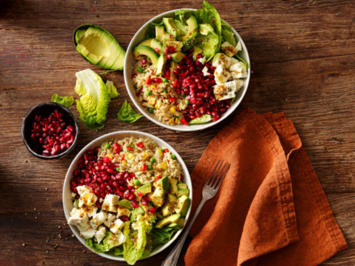 Rezept: Reis-Salat mit Granatapfel und Avocado