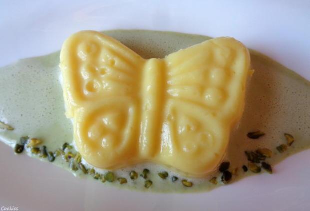 Eierlikör - Schokoladen - Pudding auf Pistazien - Soßenspiegel - Rezept - Bild Nr. 7959