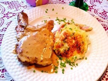 Kohlrabi-Kartoffel-Törtchen mit Kasseler Rahm-Koteletts - Rezept - Bild Nr. 7980