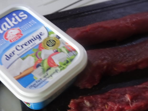 Lamm-Spieße mit Kartoffel-Gurken-Feta-Salat - Rezept - Bild Nr. 8012