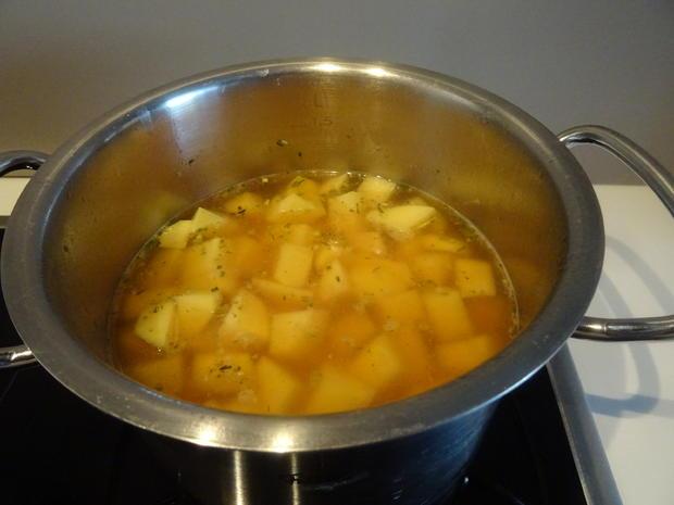 Lamm-Spieße mit Kartoffel-Gurken-Feta-Salat - Rezept - Bild Nr. 8017