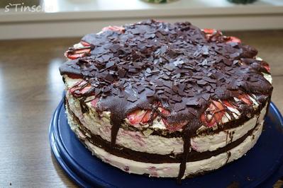 Erdbeer-Schokoladen-Sahnetorte - Rezept - Bild Nr. 8