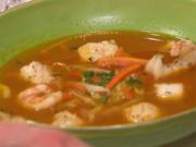 Fischsuppe mit selbstgemachtem Tomatenbrot und Kräuterbutter - Rezept - Bild Nr. 2