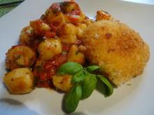 Mozzarella frittiert auf Tomaten-Basilikum-Gnocchi - Rezept - Bild Nr. 8073