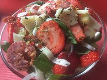 Erdbeersalat mit Iberico und Chorizo - Rezept - Bild Nr. 8069