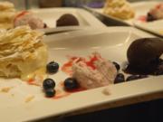 Napoleon-Kuchen mit Schokoladen- und Himbeereis - Rezept - Bild Nr. 2