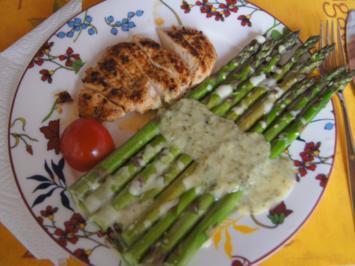 Grüner Spargel mit pikanter Sauce und Hähnchenbrustfilet - Rezept - Bild Nr. 3