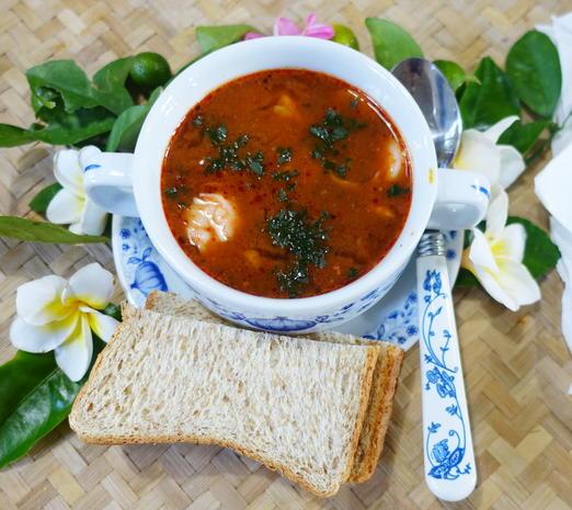 Schnelle Tom Yam Suppe mit Garnelen - Rezept - Bild Nr. 8100