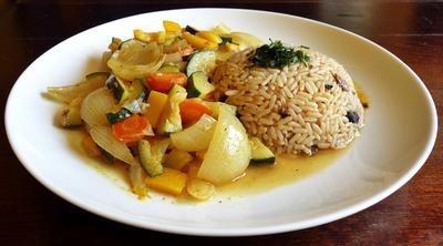 Schmorgemüse mit Pilzreis - Rezept - Bild Nr. 8105
