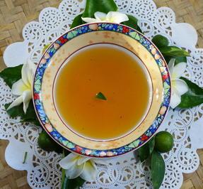 Setrop Jeruk Manis muda - Heller balinesischer Orangensirup ala Ayu - Rezept - Bild Nr. 2