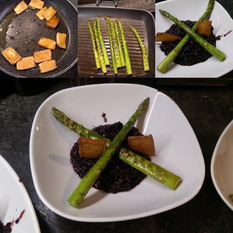 Venere Risotto mit grünem Spargel und Tofu-Chips  - Rezept - Bild Nr. 8105