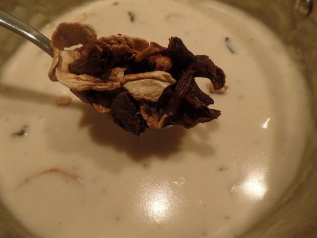 Kokos-Spargelcremesuppe mit Mischpilzen und Ingwer-Hähnchen - Rezept - Bild Nr. 8149