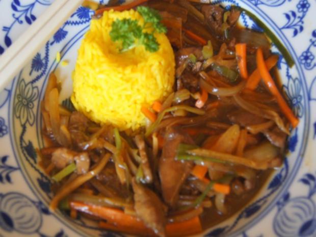 Hähnchenbrustfilet mit Gemüsestreifen und gelber Basmatireis - Rezept - Bild Nr. 8152
