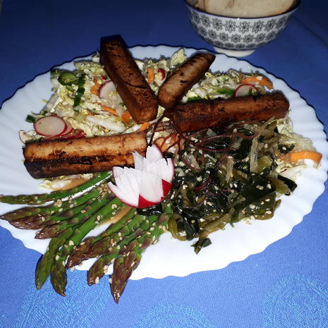 Asia-Salat (Hauptspeise) = kochbar Challenge 5.0 (Mai 2019) - Rezept - Bild Nr. 8162