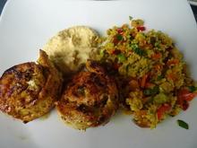 Hähnchenspieße, Couscous-Salat und Dattel-Aprikosen-Dip - Rezept - Bild Nr. 8164